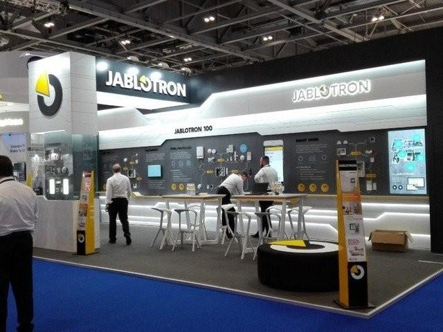 Jablotron официальный производитель сигнализаций и систем «умный дом».