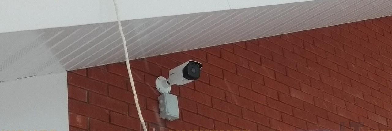 Установка видеонаблюдения в коттедже.