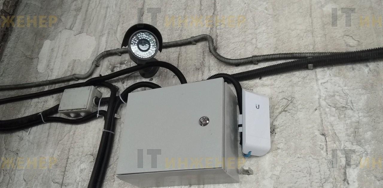 Установка точек доступа WiFi на складе.