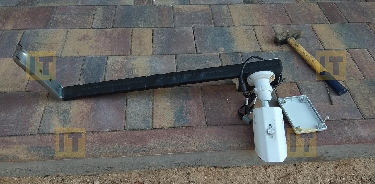 Крепление для камеры видеонаблюдения